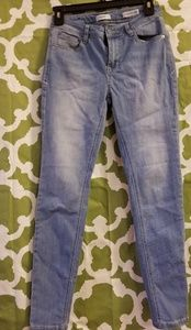 Like new Kensie mid-rise ankle jeans